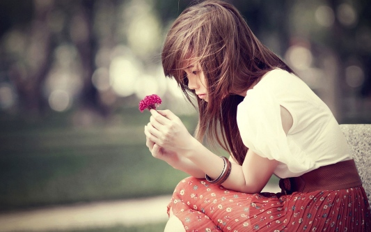 waiting-girl-1