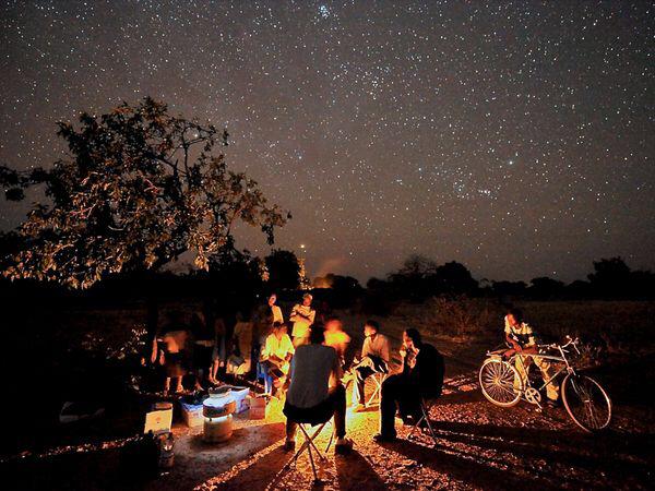 amazing-camp-campfire-camping-favim-com-3126109