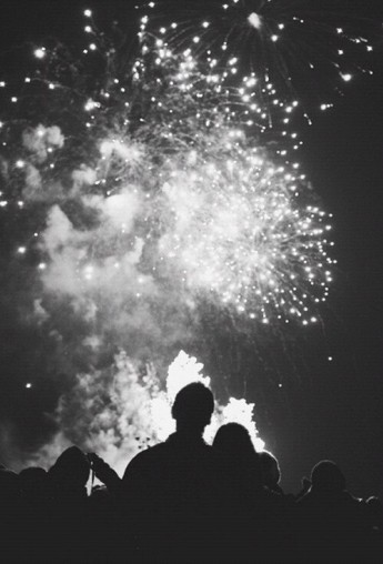 couple-fireworks-platonic-tumblr-favim-com-2719258
