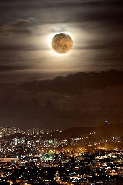 0df219f749651515daccfd253c8f376d-rio-brazil-beautiful-moon